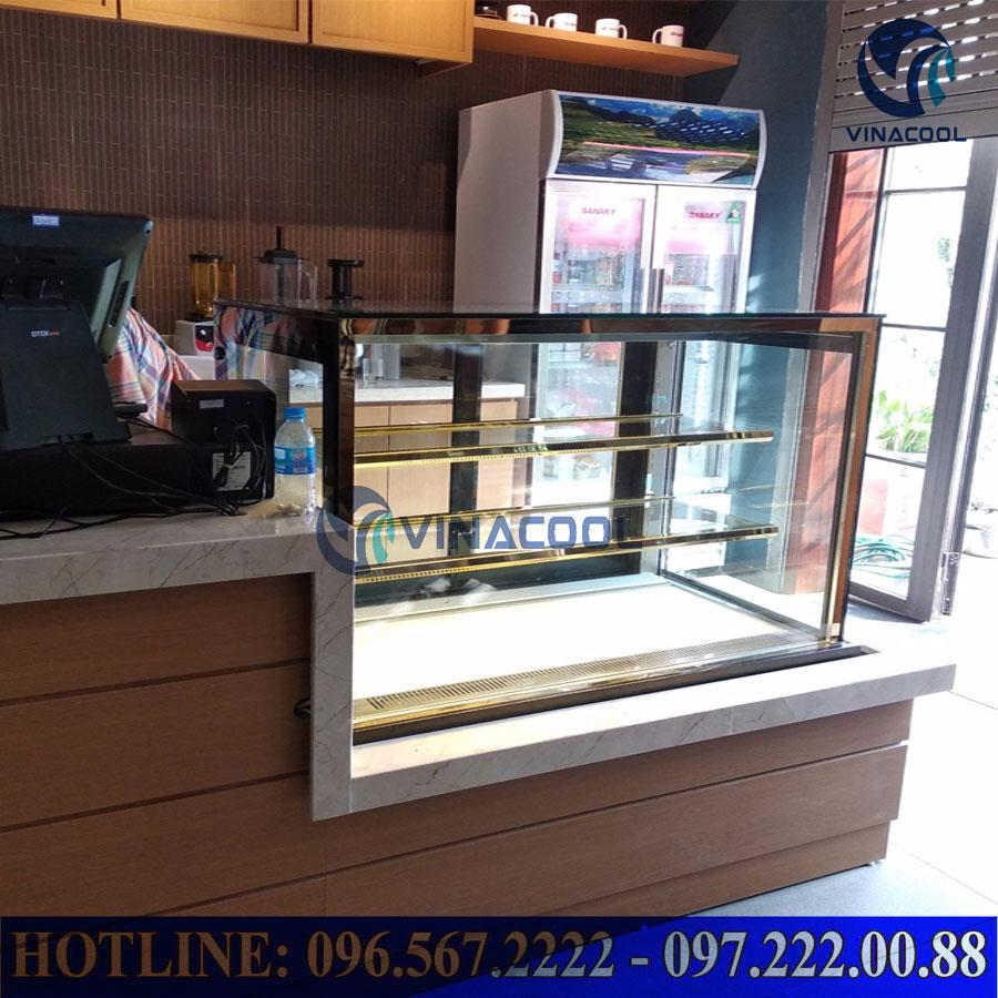 tủ trưng bày bánh kem 3 tầng kính vuông Vinacool