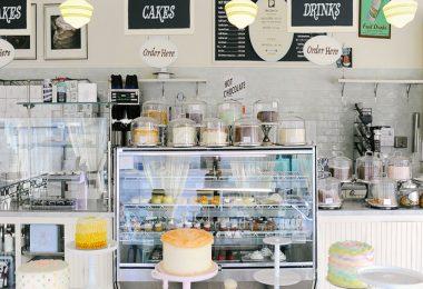 Bài trí không gian tiệm bánh đẹp mắt