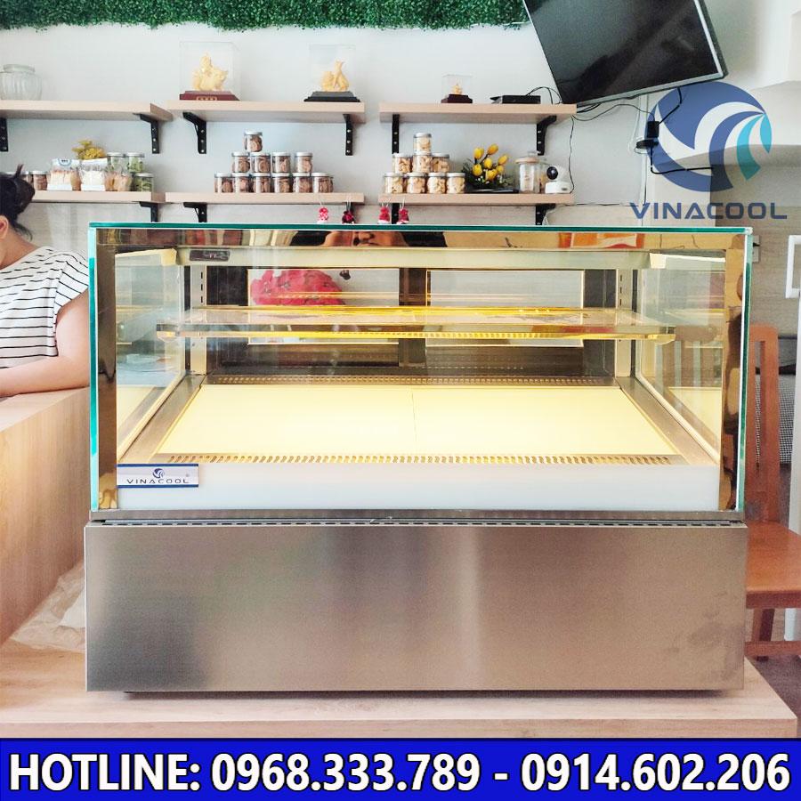 Tủ bánh kem để bàn Vinacool kính vuông