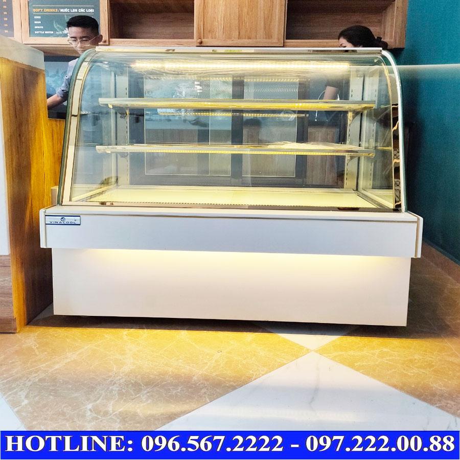 Tủ bánh 3 tầng kính cong trắng